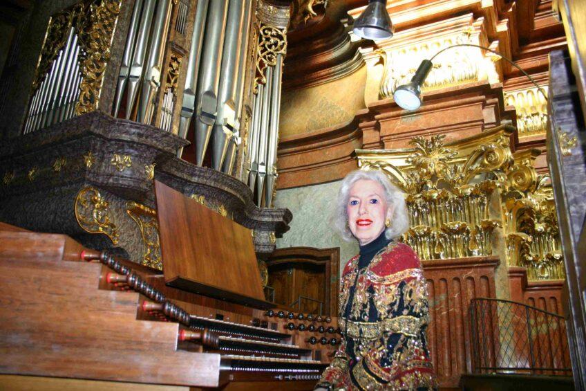 Einfach glänzend: Auf Zeitreise mit der Organistin Diane Bish
